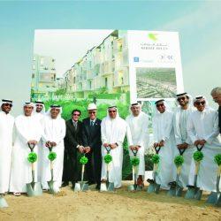 دبي للاستثمار تضع حجر الأساس لمشروع تلال مردف