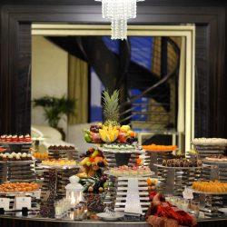 فندق سانت ريجيس أبوظبي يحتفي بالإعلاميين في بوفيه إفطار خاص بأعلى جناح في العالم