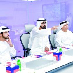 بتوجيهات الشيخ خليفة صرف رواتب الموظفين والمتقاعدين والمساعدات الخميس