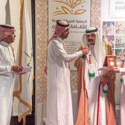 خادم الحرمين يستقبل رئيس مجلس الإفتاء بالإمارات