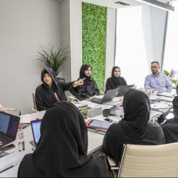 الشيخة لطيفة بنت محمد تباشر مهامها كرئيسة لهيئة الثقافة والفنون في دبي