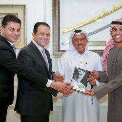 ابتسامة هوليوود تجذب مشاهير الفن والإعلام في الوطن العربي