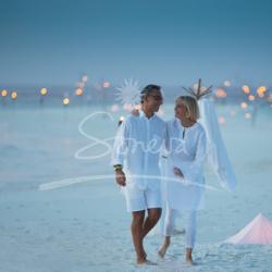 """""""سونو وإيفا"""".. زوجان يكافحان منذ ربع قرن في تعزيز """"سياحة الاستدامة"""" البيئة"""