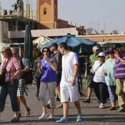 وزيرة السياحة المغربية تيسير عودة السياح الأجانب إلى بلدانهم