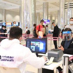 تدفق الزوار والسياح عبر مطار دبي يحمل بشائر انتعاش القطاع السياحي