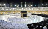 مشاهد من أول صلاة فجر بالمسجدين الحرام والنبوي من دون تباعد